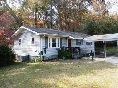 Central Single Family Home For Sale: 243 Old Six Mile Road