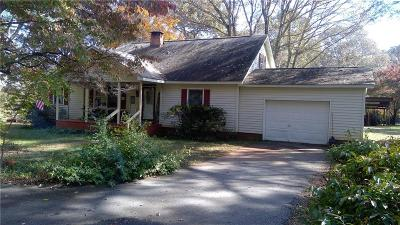 Pendleton Single Family Home For Sale: 415 McCrary Road