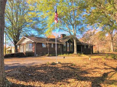 Clemson, Central Single Family Home For Sale: 209 Cedar Lane Circle
