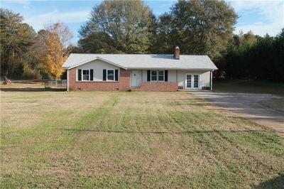Easley Single Family Home For Sale: 203 W Roper Road