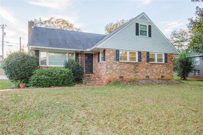 Bellview Estates Single Family Home For Sale: 2001 College Avenue