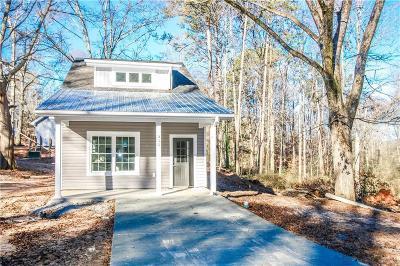 Walhalla Single Family Home For Sale: 355 E Woodland Drive