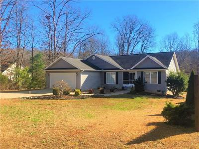 Seneca Single Family Home For Sale: 208 Cedar Creek Lane