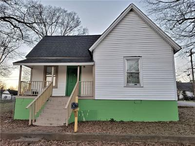 Single Family Home For Sale: 9 P Street