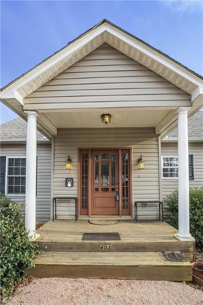 Lavonia, Martin, Toccoa, Hartwell, Lake Hartwell, Westminster, Anderson, Fair Play, Starr, Townville, Senca, Senea, Seneca, Seneca (west Union), Seneca/west Union, Ssneca, Westmister, Wetminster Single Family Home For Sale: 403 Cherrwood Drive