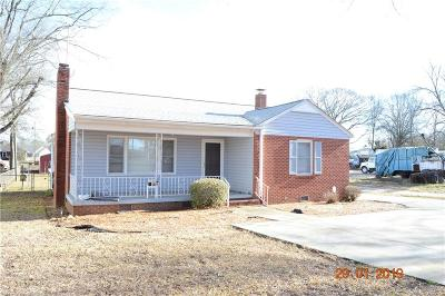 Anderson Single Family Home For Sale: 3017 S Main Street