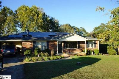 Piedmont Single Family Home For Sale: 207 Bentwood Drive