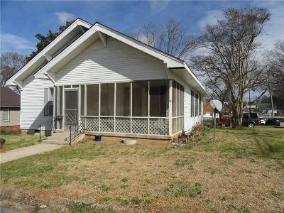 Anderson SC Single Family Home For Sale: $49,900