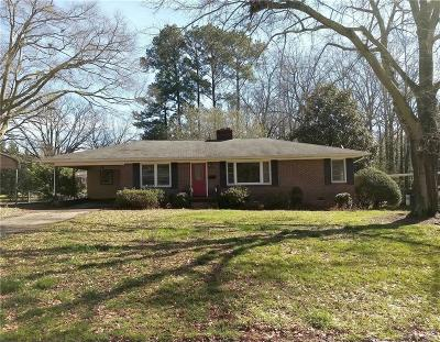 Belton Single Family Home For Sale: 525 Forest Lane