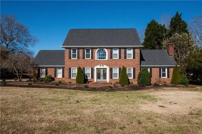 Easley Single Family Home For Sale: 104 Pine Ridge Drive