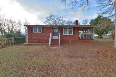 Liberty SC Single Family Home Contract-Take Back-Ups: $139,900