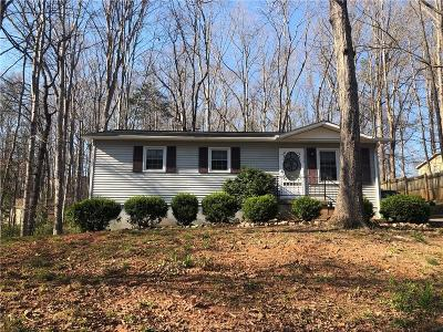 Seneca Single Family Home For Sale: 116 Oak Ridge Road