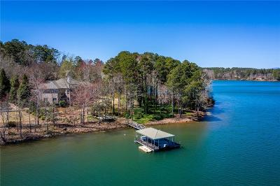 Single Family Home For Sale: 428 E Waterside Drive