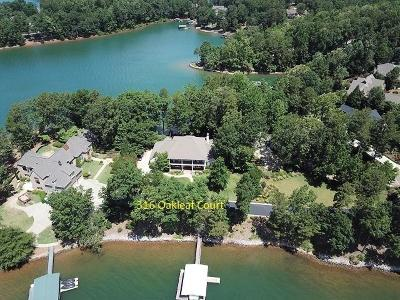 The Summit, Eastshores, Keowee Subdivision, White Oak Cliff, shangri-la, shangrila, Lakewood Estate, Sugar Hill, Port Santorini, Lakeview Height, Eleven Oaks, Waterford Sub, Waterford Pointe - Oconee Single Family Home For Sale: 316 Oakleaf Court