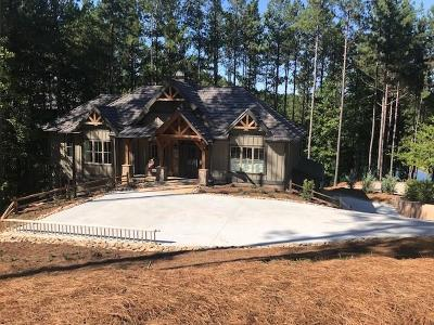 Single Family Home For Sale: 102 Laurel Pond Way