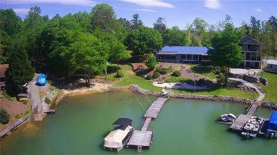 Single Family Home For Sale: 294 Jocassee Point Road