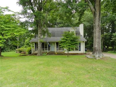 Colony Woods Single Family Home For Sale: 406 Old Colony Road