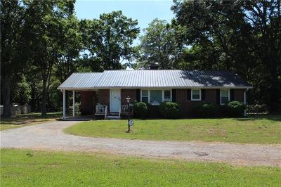 Single Family Home Sold: 440 Airline Road