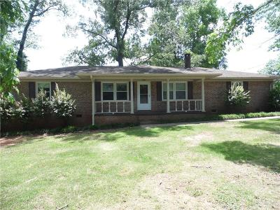 Oconee County Rental For Rent: 414 Fernwood Drive