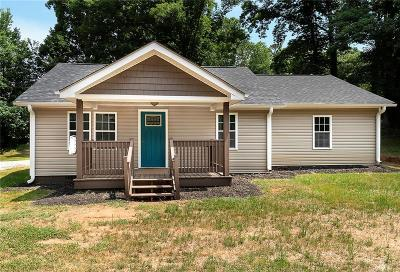 Travelers Rest Single Family Home For Sale: 5108 State Park Road
