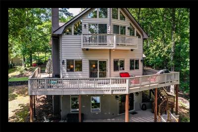 West Union Single Family Home For Sale: 133 Warriors Creek Drive