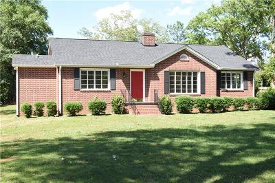 Anderson Single Family Home For Sale: 610 College Heights Road