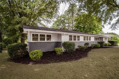 Easley Single Family Home For Sale: 111 Le Ann Drive