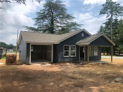 Walhalla Single Family Home For Sale: 413 Bulwinkle Drive