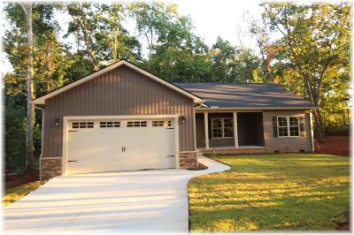 Oconee County Single Family Home For Sale: 100 Thunder Valley Road
