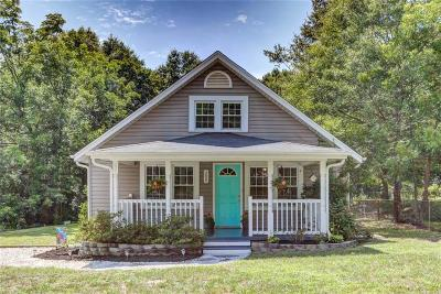 Easley Single Family Home For Sale: 208 Nalley Street