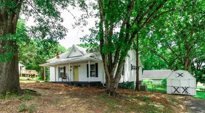 Easley Single Family Home For Sale: 611 W 7th Avenue