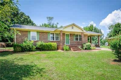 Anderson SC Single Family Home For Sale: $103,500
