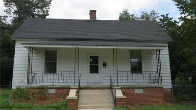 Single Family Home Contract-Take Back-Ups: 17 N Prince Street