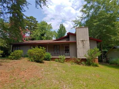 Six Mile Single Family Home For Sale: 106 N Smith Street