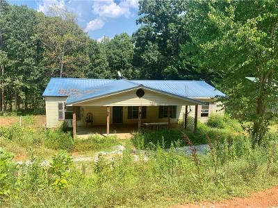 Mobile Home For Sale: 235 Arrington Drive
