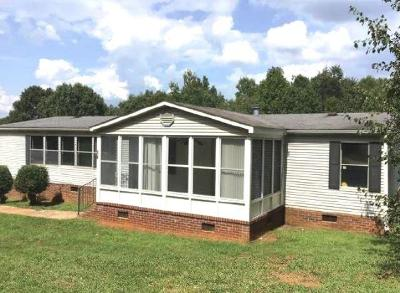 Mobile Home For Sale: 160 Green Tree Road