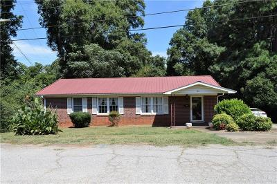 Anderson Single Family Home For Sale: 910 Bowden Road
