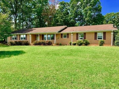 Easley Single Family Home For Sale: 526 Zion Church Road