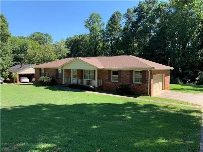 Lavonia, Martin, Toccoa, Hartwell, Lake Hartwell, Westminster, Anderson, Fair Play, Starr, Townville, Senca, Senea, Seneca, Seneca (west Union), Seneca/west Union, Ssneca, Westmister, Wetminster Single Family Home For Sale: 3006 Little Creek Drive