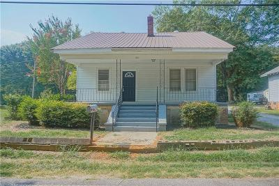 Anderson SC Single Family Home For Sale: $105,000
