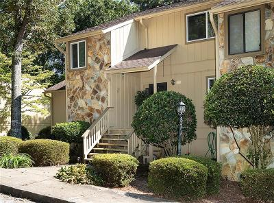 Townhouse For Sale: 109 Harbor Lights Drive