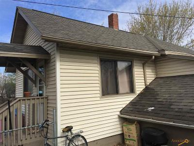 Single Family Home U/C Contingency: 314 Columbus