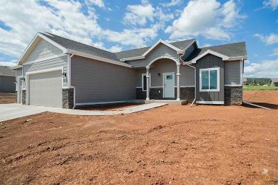 Sturgis Single Family Home For Sale: 2213 Quartzite