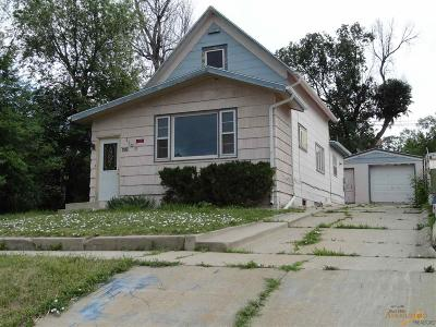 Single Family Home U/C Contingency: 1108 4th