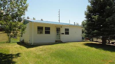 Rapid City, Box Elder, Piedmont, Black Hawk, Hermosa, Summerset, New Underwood Single Family Home For Sale: 2414 Hoefer Ave