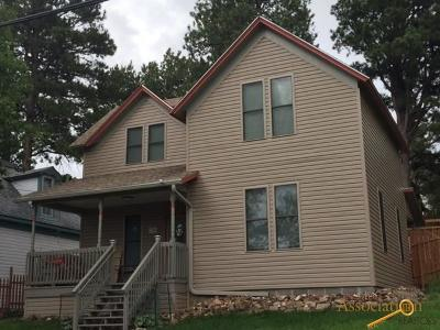 Spearfish, Lead, Deadwood/central City, Deadwood, Strugis, Whitewood, Belle Fourche, Spearfish Canyon Single Family Home For Sale: 715 W Addie St