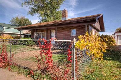 Single Family Home For Sale: 1108 Wood Ave
