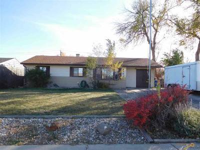 Single Family Home U/C Contingency: 409 E Oakland