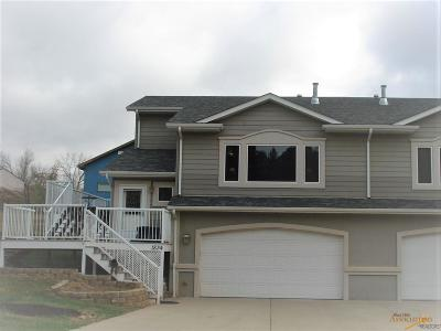 Rapid City, Hermosa, Box Elder, Black Hawk, Rapid Valley, Summerset, Piedmont, Piedmont Valley Condo/Townhouse For Sale: 1834 Red Dale Dr