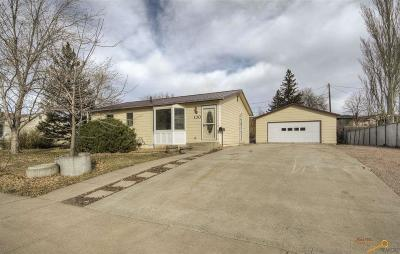 Rapid City Single Family Home For Sale: 130 Fairmont Blvd
